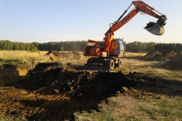 Земляные работы на строительной площадке